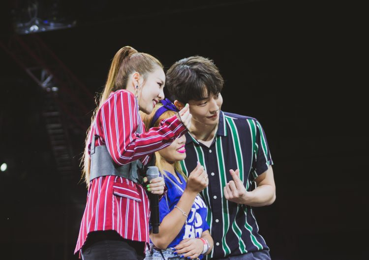 Dara and Nam Joo's fans took Penshoppe's Fancon by storm