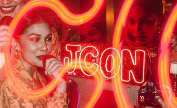 "Jess Connelly's listening party for ""JCON"" was intimate and heartwarming"