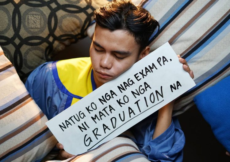 We wish we got to art direct our creative shots like these grads from Cebu
