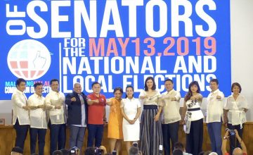 "Nancy Binay and Grace Poe skipping the Duterte ""fist bump"" is a mood"