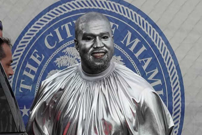 Kanye West painted himself in silver for his opera
