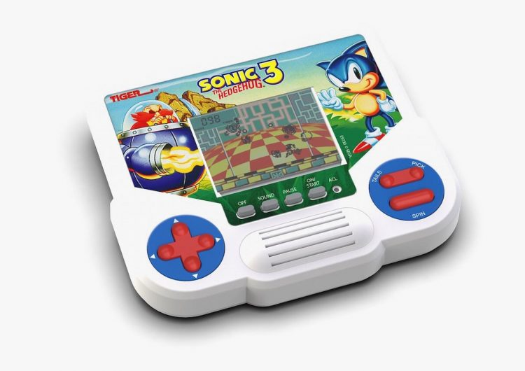 This '90s handheld game console is returning to stores