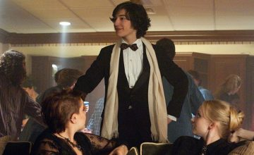 A circulating video online shows what seems like Ezra Miller choking a fan