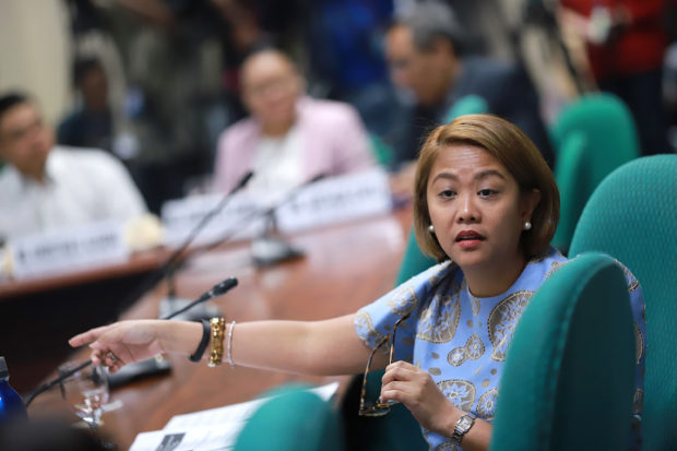 Sen. Nancy Binay places DOTr next on the commute challenge