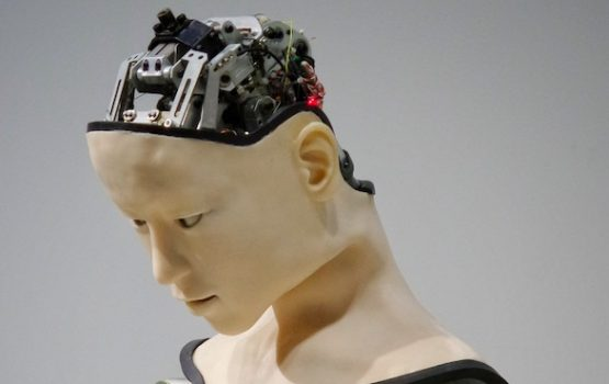 This method acting-trained AI robot will make her Hollywood debut before me (and I'm bitter AF)