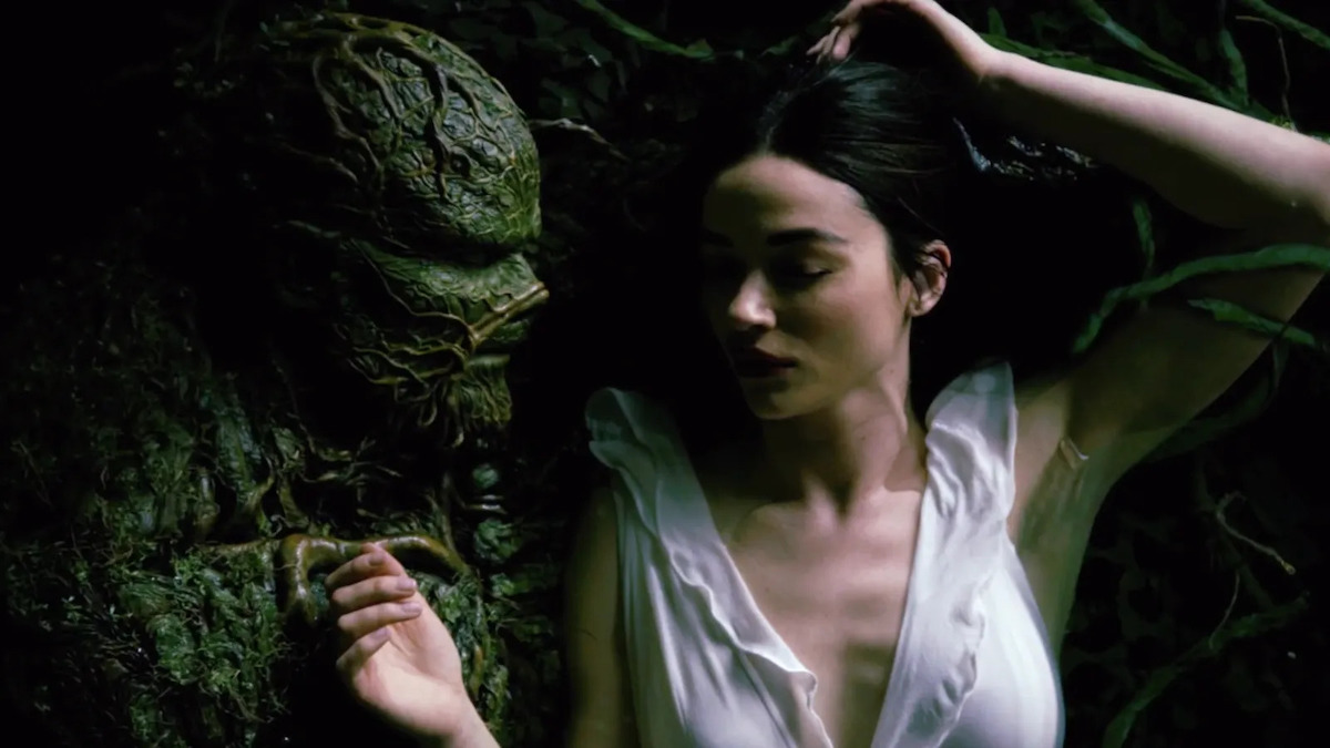 swamp-thing-crystal-reed-sexy-serie-tv-2