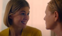 Rosamund Pike deceives people (again) in new Netflix film 'I…