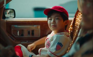 'Minari's' Alan Kim spends his summer in NIKI's new MV