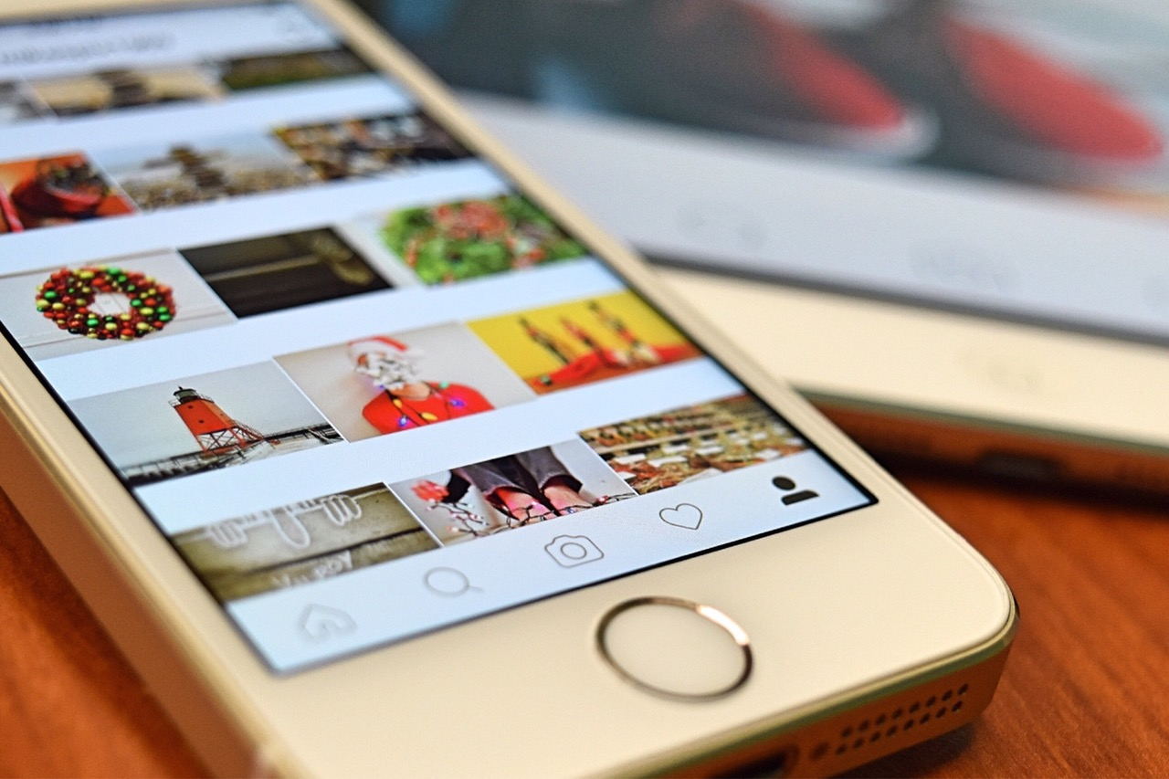 Instagram now lets you post and share on its mobile site, but still not from desktop